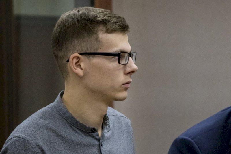 «Я разочаровался в стране и системе»: «очкарик» Влад Рябухин – о новом приговоре и жалобе в ЕСПЧ