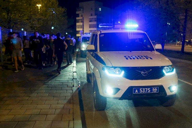 На Среднем Урале закупили новые полицейские машины и скорые
