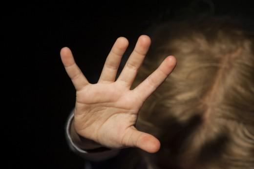 Педофил заманивал девушек спортивными приемами иигрой нагитаре вТюмени