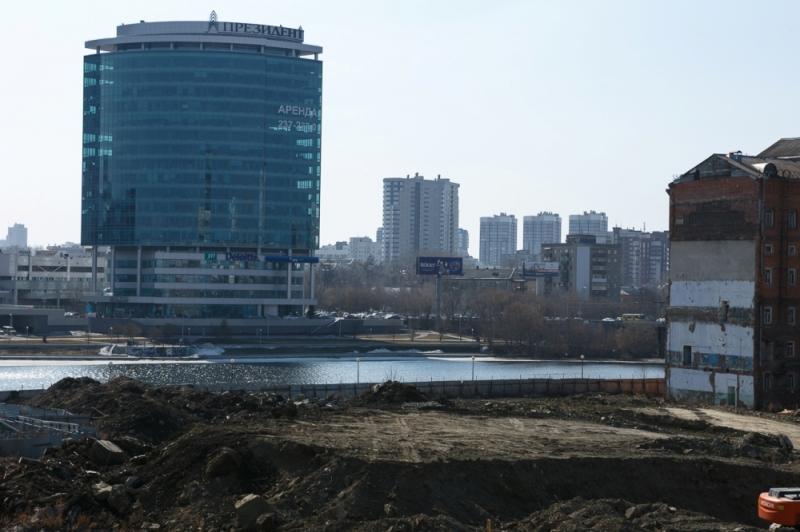 Мэрия Екатеринбурга объявила конкурс напроведение первого этапа реконструкции Макаровского моста