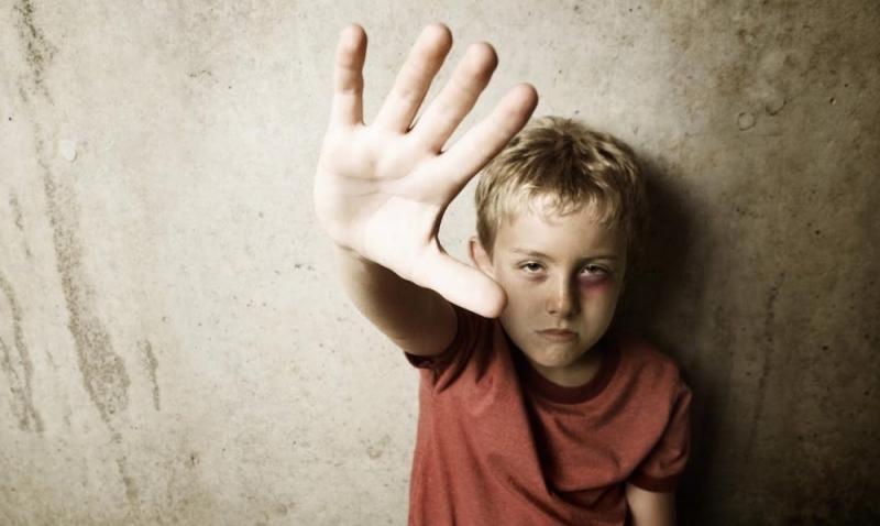 ВЗауралье мать избивала детей изаставляла попрошайничать