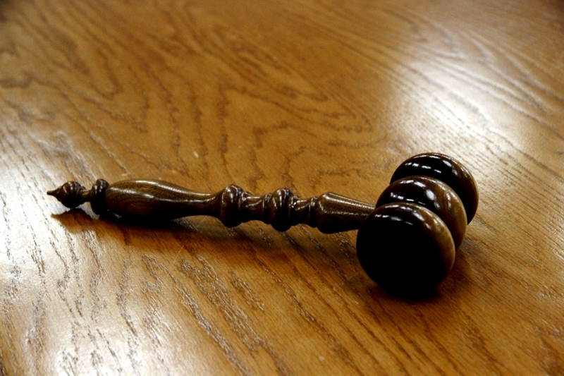 Несовершеннолетнего пермяка осудили заизнасилование икражи