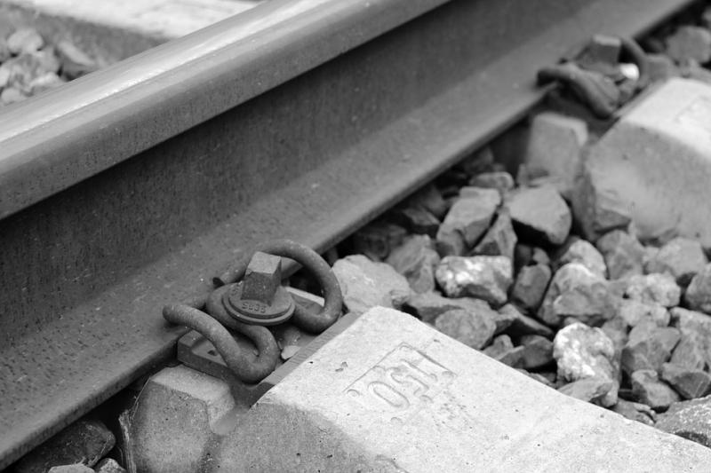 Ребенок  умер  отудара током нажелезнодорожных путях вПерми