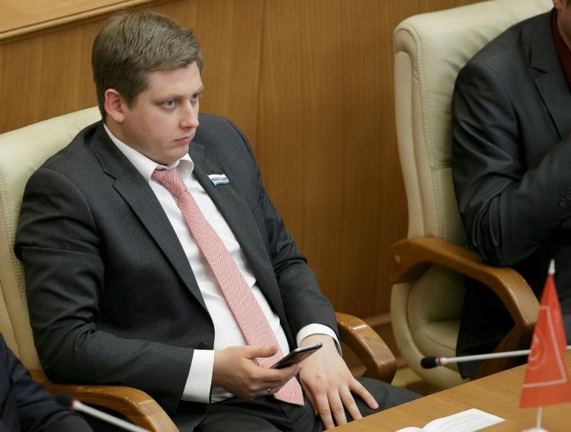 Мэр Новосибирска включен впрезидиумЦК КПРФ