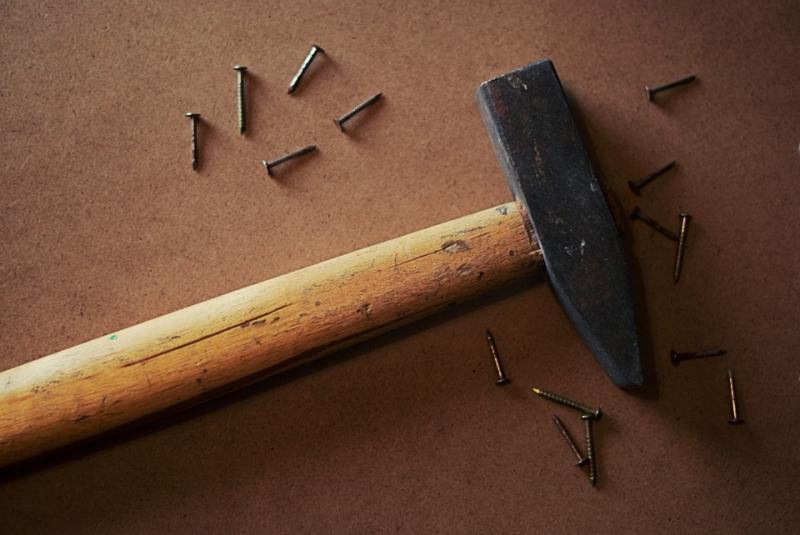 ВЧелябинске ученик, обвиняемый в ожесточенном убийстве родителей, пойдет под суд