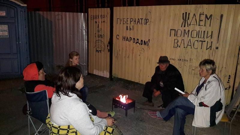 Евгений Куйвашев сообщил 35 авто скорой помощи медицинским учреждениям Свердловской области