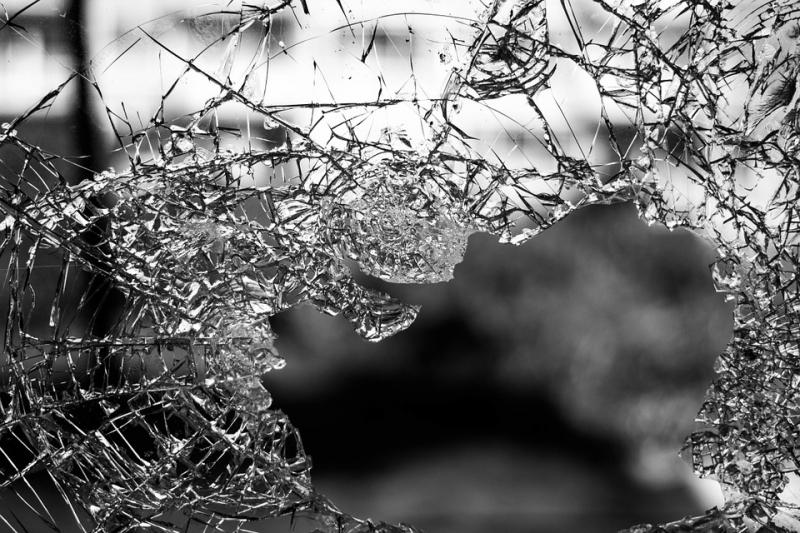 2-ое ограбление салона мобильной связи заутро: наВторчермете обчистили «Евросеть»