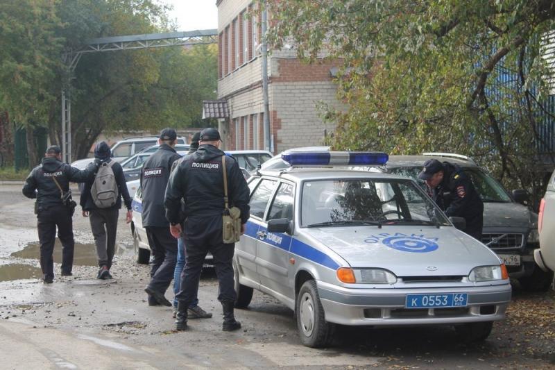 ВЕкатеринбурге экстремалы сдались милиции после покорения телебашни