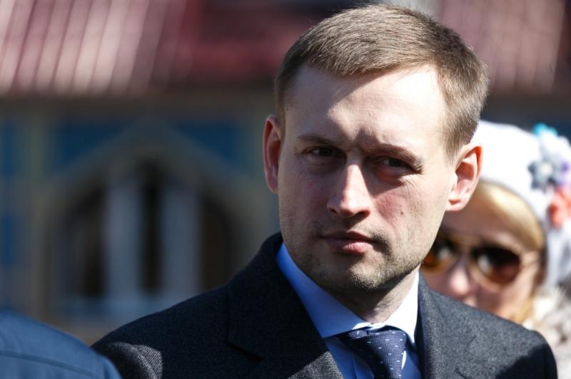 Екатеринбургские народные избранники лишили чиновников «добавки»