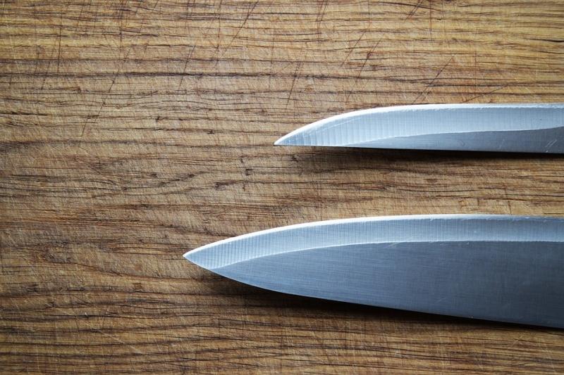 НаЯмале женщина ударила знакомого ножом 118 раз
