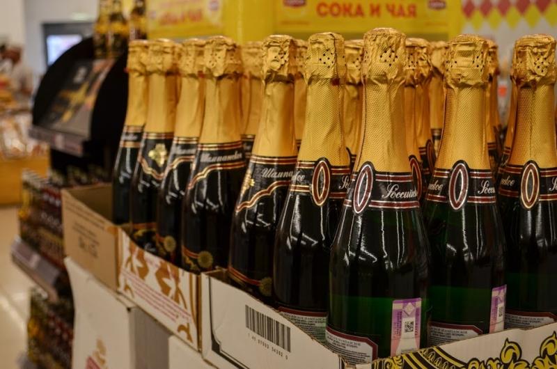Росстат назвал регионы-лидеры посмертности оталкоголя