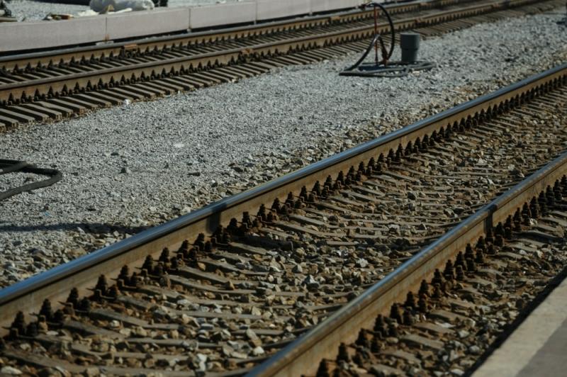 ВСвердловской области двое мужчин погибли под колесами поезда