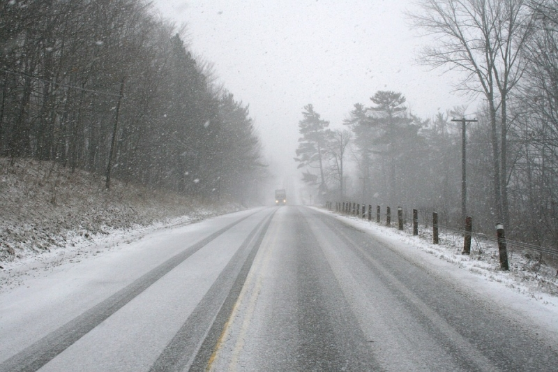 Снегопады иметели ожидаются вТюменской области