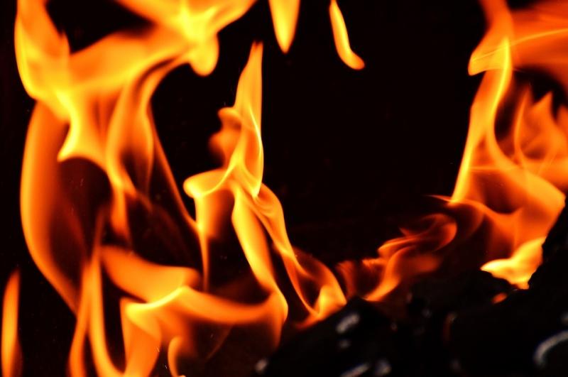 Следственный комитет назвал причину пожара, унесшего 5 жизней вСерове