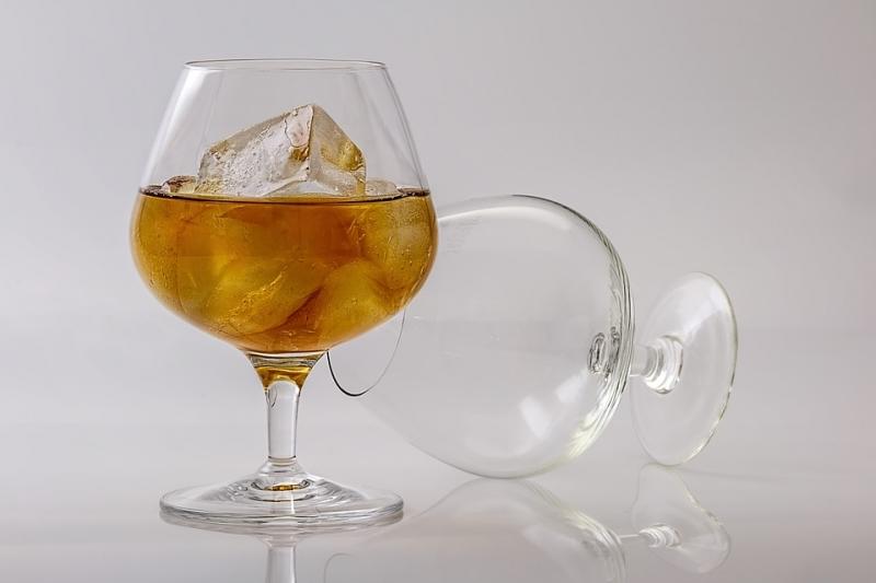 Поставщиков алкоголя ожидают внеплановые проверки