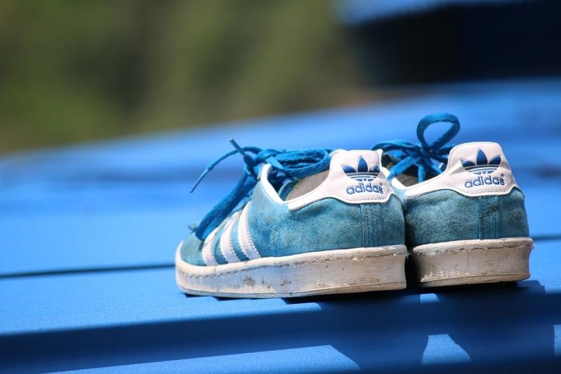 Adidas экономит на Российской Федерации