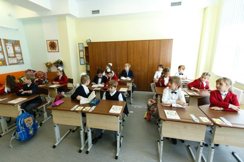 Практически половину бюджета Екатеринбурга направят наобразование в будущем 2018