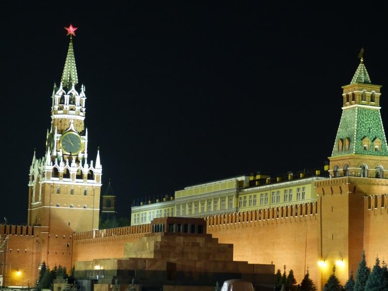 Половина граждан России желает захоронить Ленина