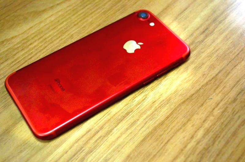 Apple призналась внамеренном замедлении работы старых моделей iPhone