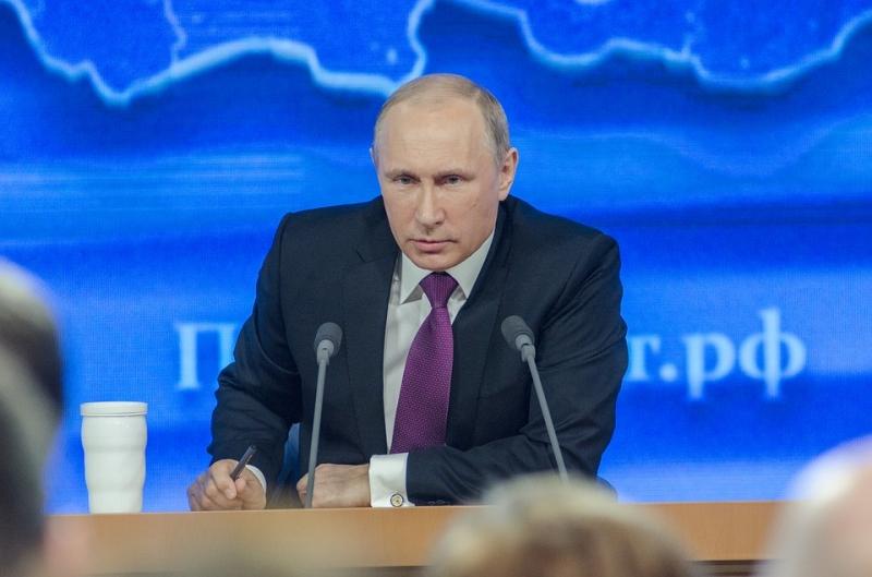 Путин: РФнужно сильное гражданское общество, отвергающее популизм