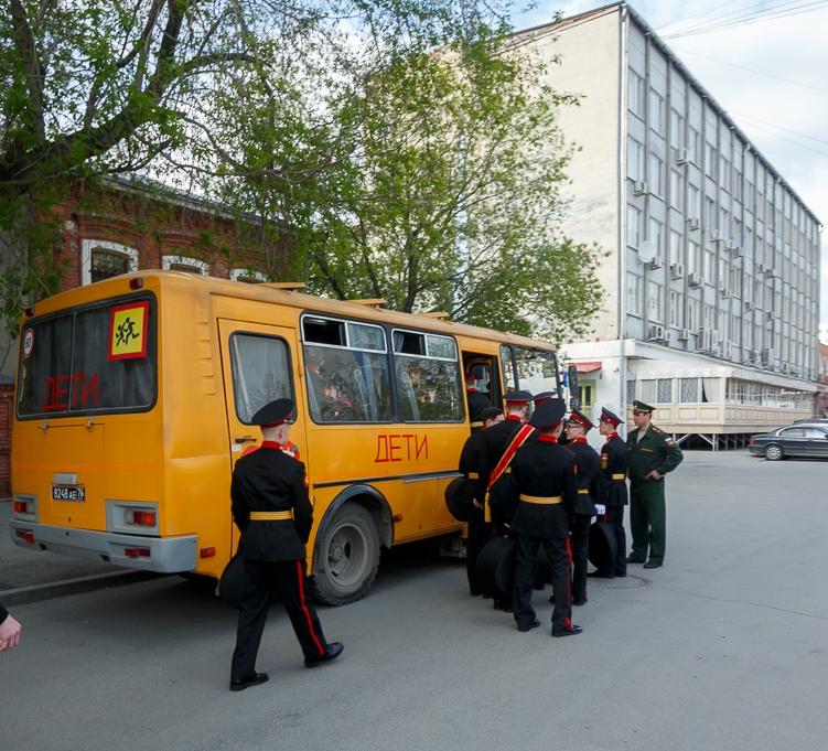 Нашкольных автобусах будут устанавливать проблесковые маячки
