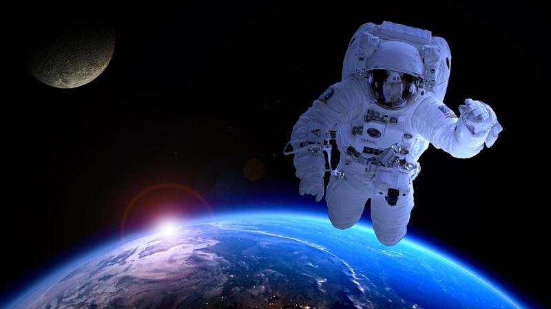 Русские космонавты приготовили салат оливье наМКС