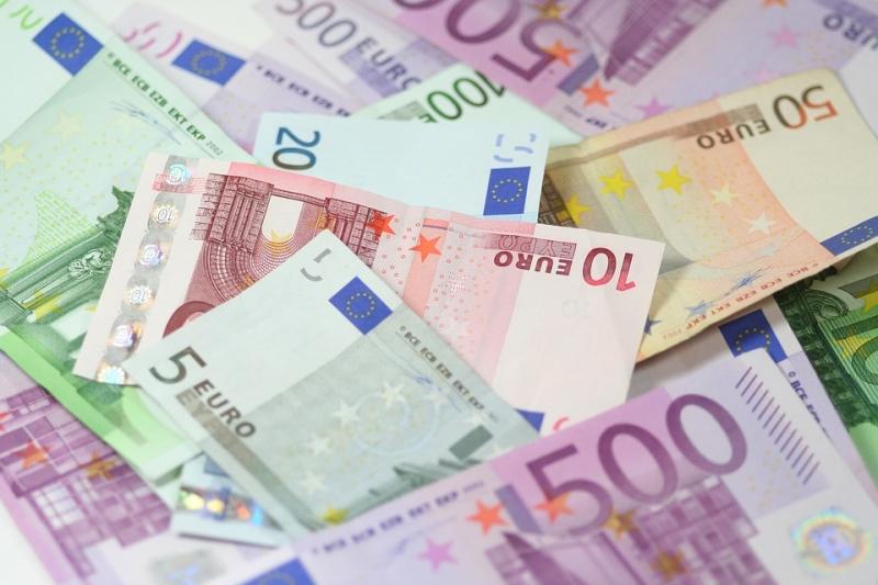 Париж объявил оневозможности требовать отРФ возврата царских долгов