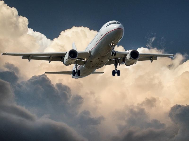 Пассажирский самолет вернулся воВнуково из-за сработавшего датчика пожарной сигнализации