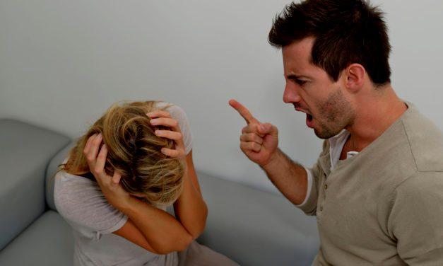 Секс издевательство мужа дома
