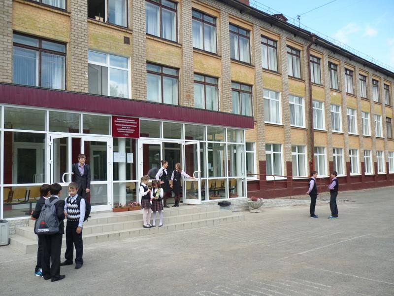 Учительница, раненая при поножовщине впермской школе, вернулась наработу