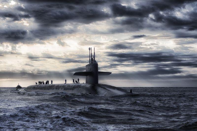 Русские военные корабли покинули порт Тартус вСирии