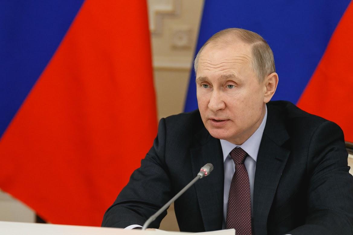 На инаугурацию Владимира Путина пригласят волонтеров, работавших в его
