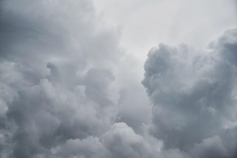 Заморозки иветер 26 м/с: штормовое предупреждение наСреднем Урале