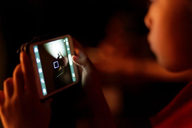 Жители России выступили зазапрет телефонов вшколах