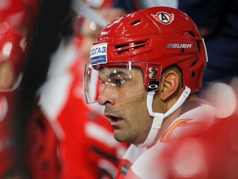 «Авангард» всухую обыграл экс-лидера чемпионата КХЛ