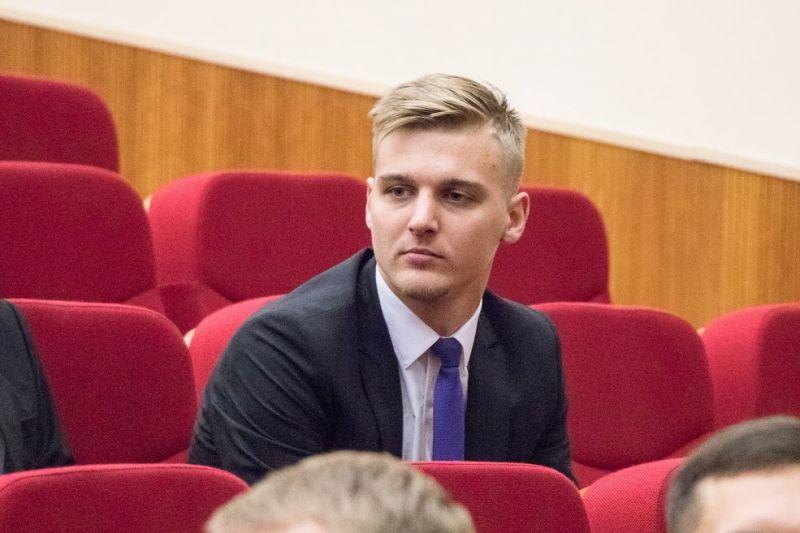 Пир вовремя чумы: КПРФ выступит против поднятия зарплат администрации Екатеринбурга
