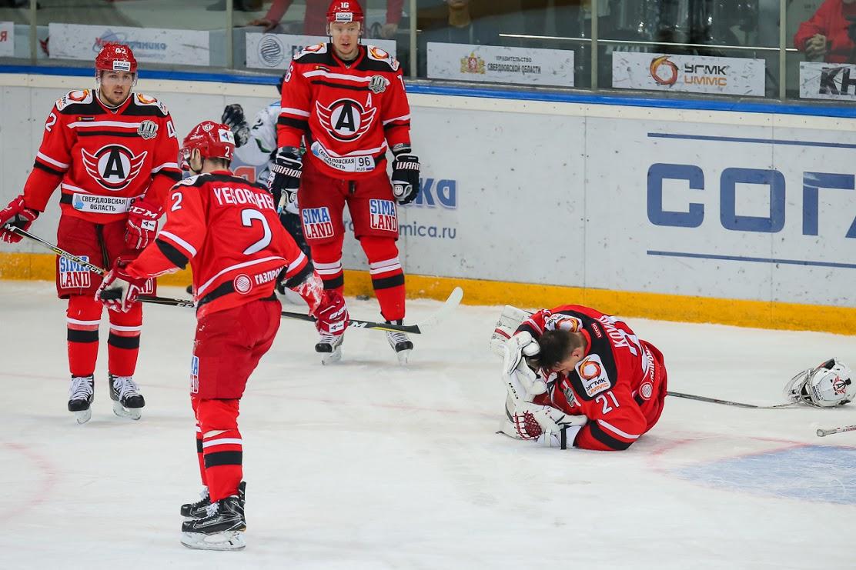 «Югра» прервала 12-матчевую серию поражений вчемпионате КХЛ, обыграв «Автомобилист»