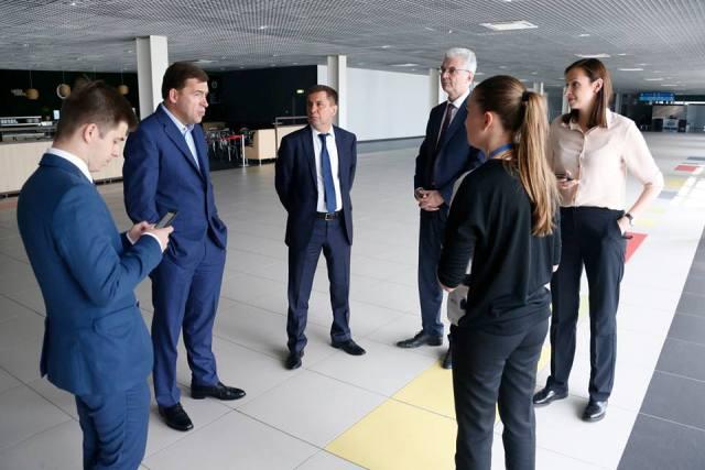 ВЕкатеринбурге губернатор проверил объекты «Иннопрома» иЧМ
