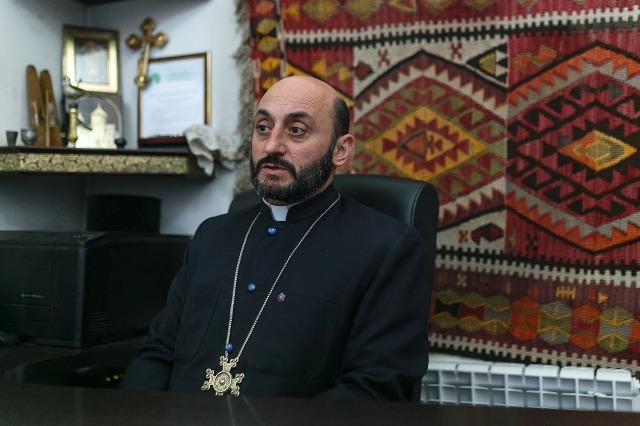 Мужской член средний у армян