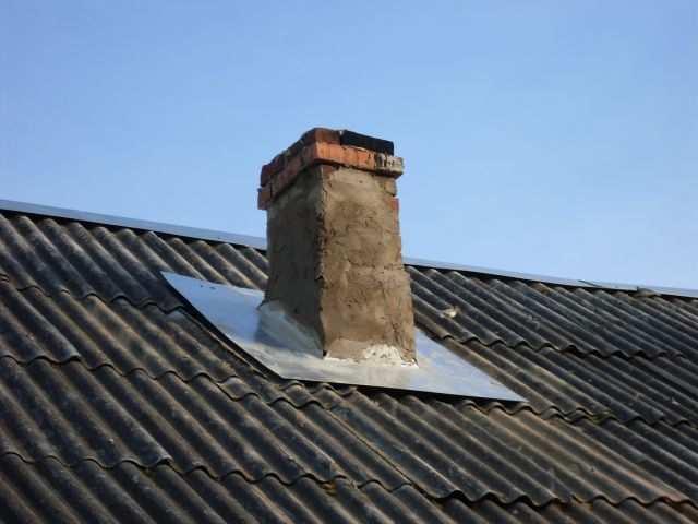 пускать гидроизоляция печной трубы на шиферной крыше также: